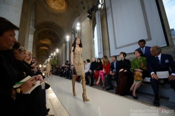 Salvatore-Ferragamo-Fashion-Show-in-Louvre2