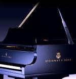 Steinway Blue grand-piano